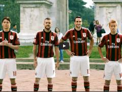 L'AC Milan vs une super voiture chaussée de pneus TOYO